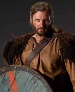 Rollo en la serie Vikings. Interpretado por el actor Clive Standen.