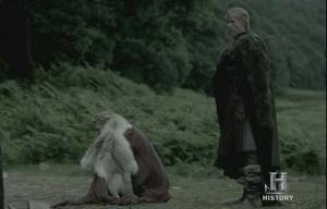 Lagertha, maltratada por su nuevo marido, Sigvard.