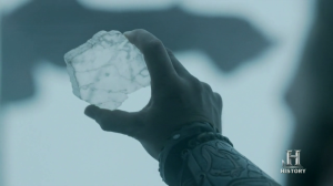 Rollo utilizando la piedra solar.