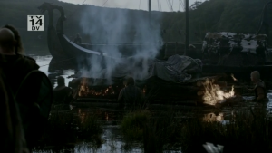 Funeral vikingo, los  fallecidos son incinerados en una pira.