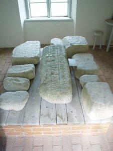 Fragmentos que quedan de la Piedra de Mora.