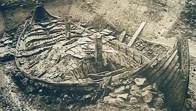 Excavación del barco funerario de Oseberg,