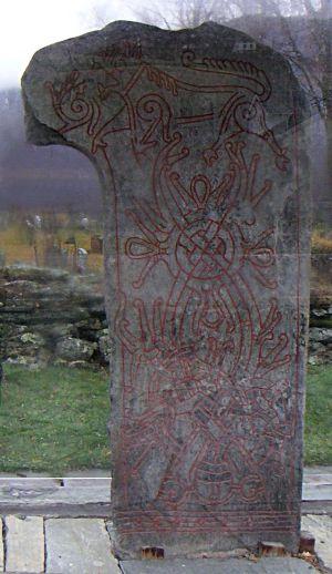 Piedra Rúnica de Van - Estilo Ringerike