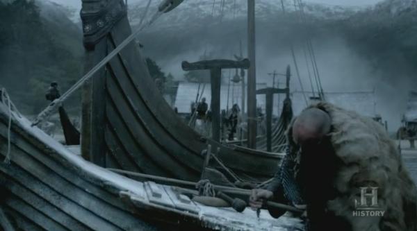 Reparando y preparando los barcos.