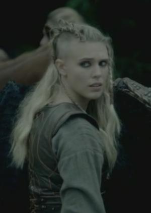Peinado de Thorunn