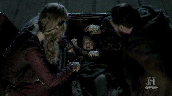 Harbard consolando a Ivar.