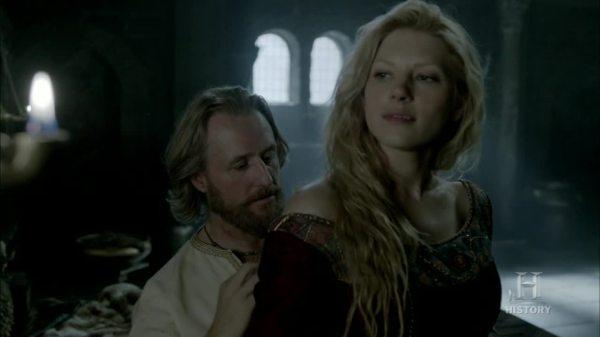 Lagertha y Egberto, al tema también.