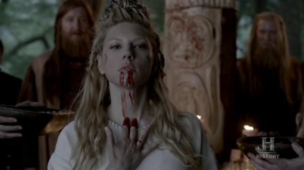 Lagertha empapándose en sangre..